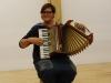 tamara-je-zaigrala-na-harmoniko